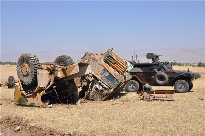 Serekaniye'de askeri araçta patlama:1 ölü, 6 yaralı