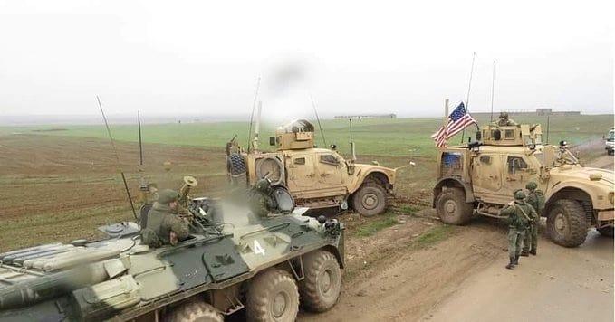 ABD güçleri Rojava'da Rus konvoyunun önünü kesti!