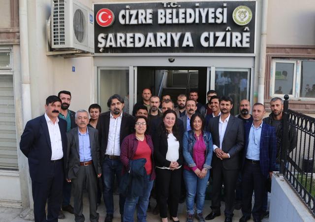 Erdoğan'dan kayyum atanan HDP'li belediyeye davet