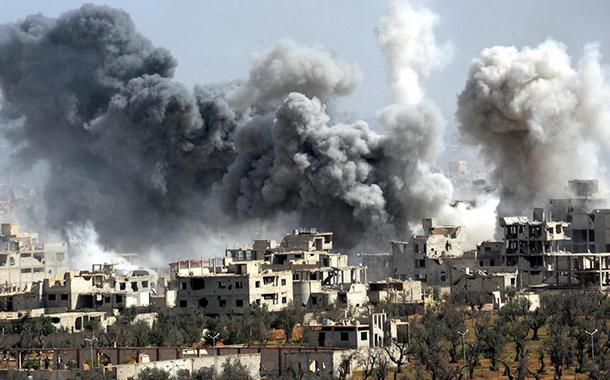 Esad ve Rusya, muhaliflerin mevzilerini bombardıman tuttu