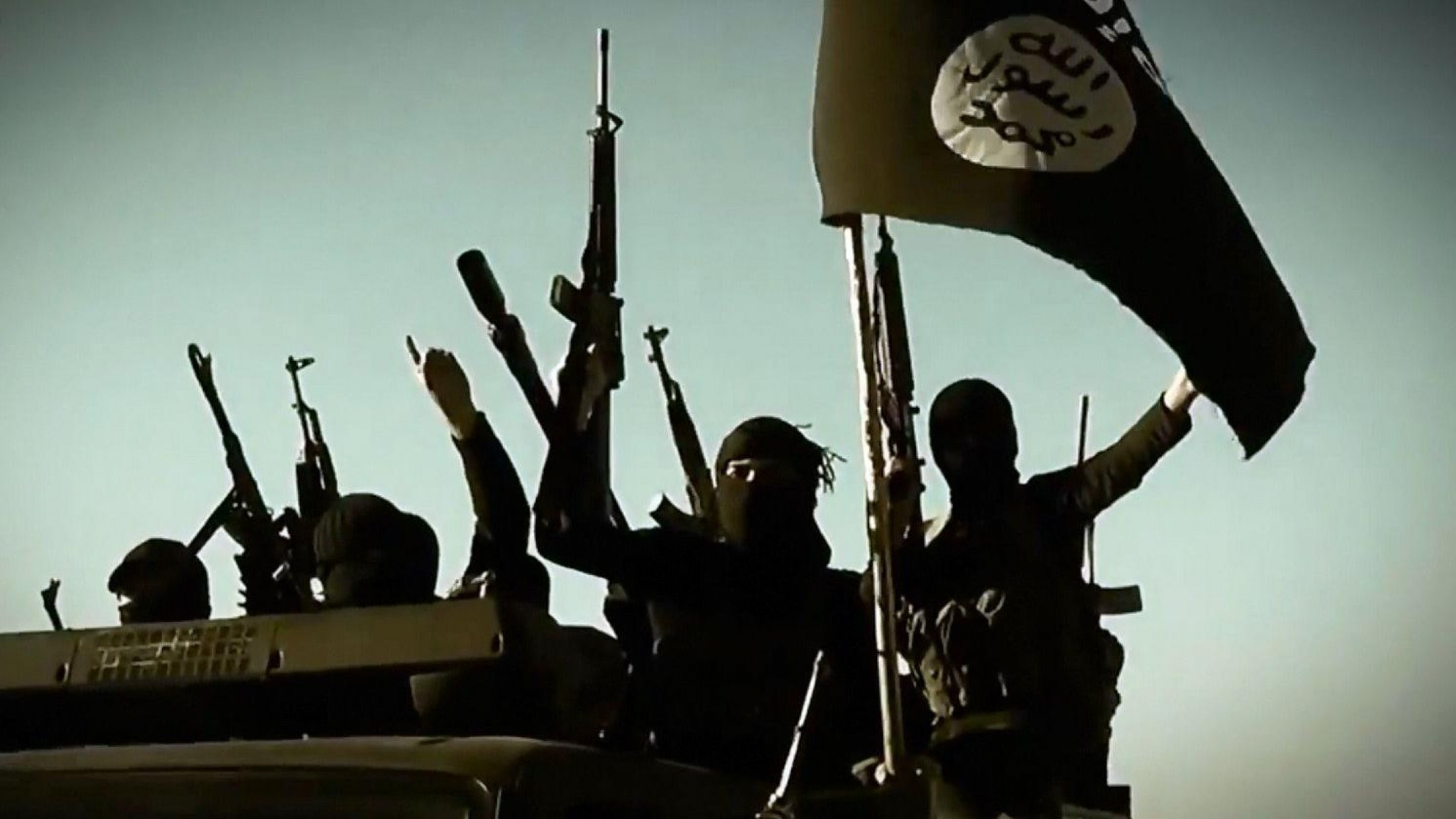 IŞİD, Deyr ez Zor'da Esad ordusuna saldırı düzenledi