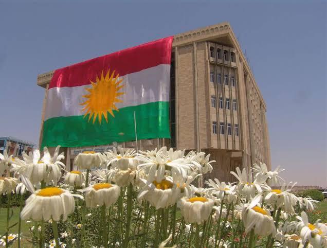 """Kürdistan'da gayrı resmi """"maaş"""" ödemelerine son"""