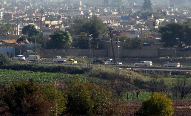 Rojava'da YPG hareketliliği: Konvoy görüntülendi...