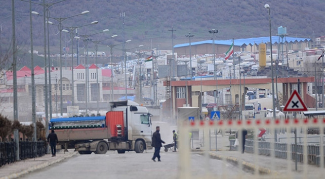 Irak, İran'la olan sınırlarını kapatıyor
