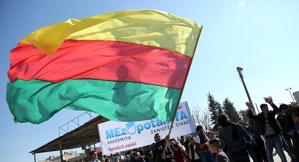 Russia Today: 'Suriye'de Federe Kürt devleti istiyor musunuz?'