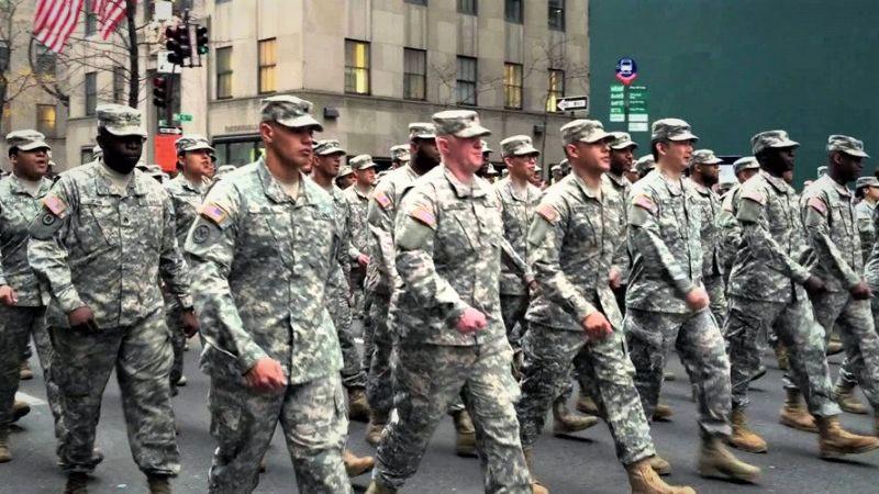 Coronavirüs | ABD ordusu sokaklara indi...