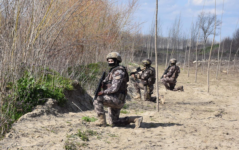 Türkiye sınırına asker gönderdi