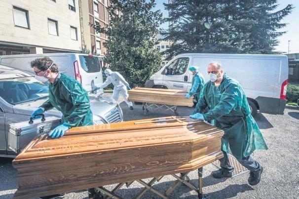 İtalya'da ölü sayısı 756 kişi artarak, 10 bin 779'a ulaştı