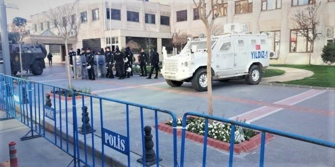HDP'li 4 belediyeye daha kayyum ataması yapıldı