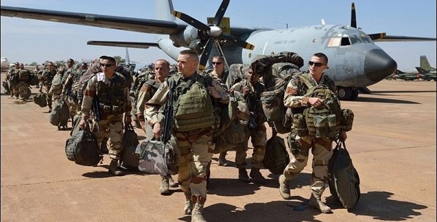 Koalisyon güçleri Musul'dan çekildi, Irak ordusu devraldı