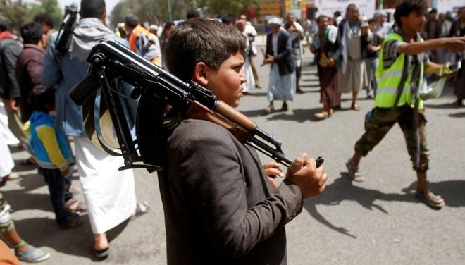 Yemen'de Geçiş Konseyi özerklik ilanı etti, hükümet reddetti
