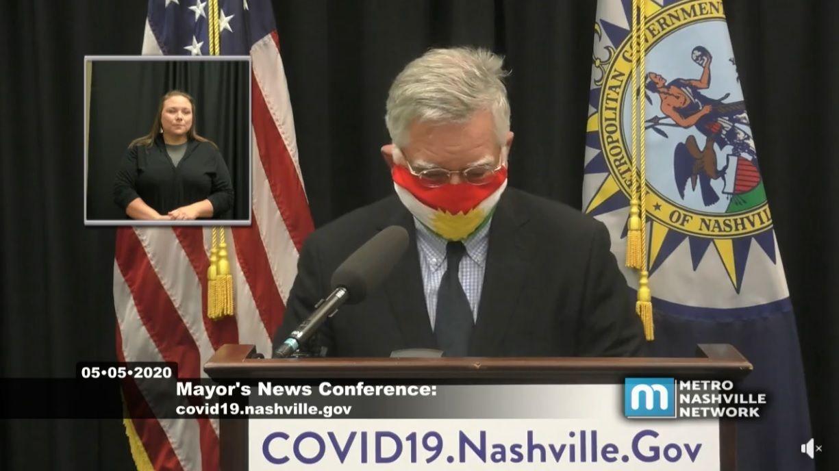 ABD'li belediye başkandan Kürdistan bayraklı maske ile toplantı