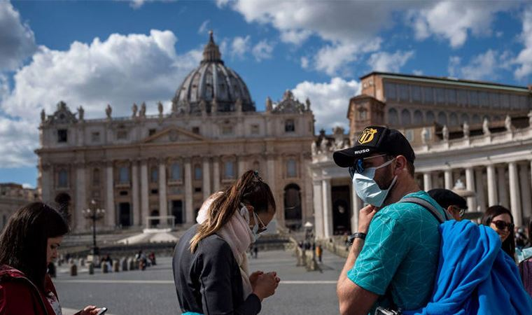 İtalya'da ölüm sayısı 727 artarak, 13 bin 155'e yükseldi