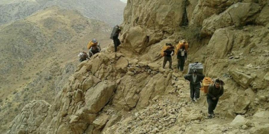 İran rejimi Kürt kolberleri hedef aldı