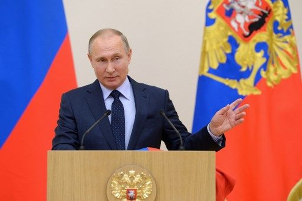 Putin'den Kovid-19 uyarısı: Henüz zirve noktasına ulaşmadı