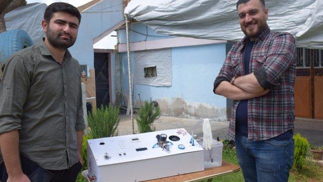 Rojavalı mühendisler, solunum cihazı üretti