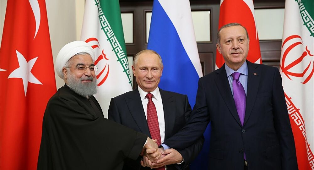"""""""Rusya, Esad'ı devirmek için İran ve Türkiye ile anlaşabilir"""""""