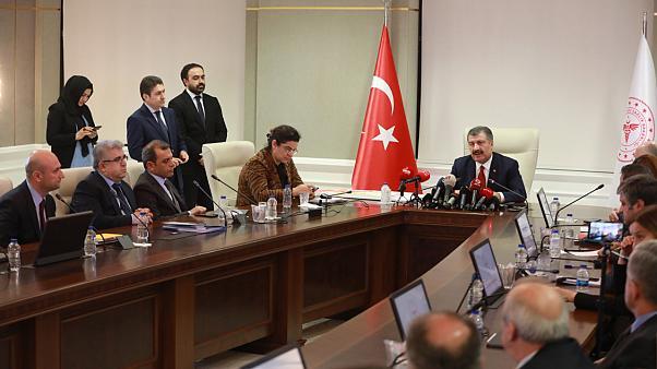 Türkiye'de ölü sayısı 4 bin 540, vaka sayısı 163 bini geçti